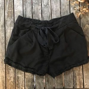 ARITZIA Wilfred Linen Shorts (tailored!) NWT